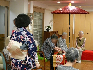 百寿のお祝い・敬老の日<アクティブライフ夙川・デイサービス>_c0107602_1554562.jpg