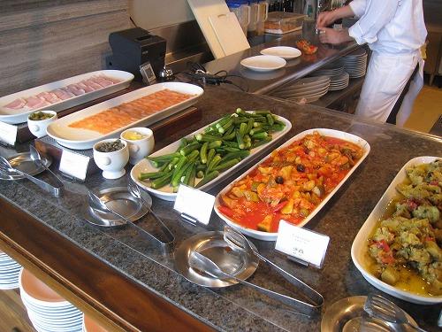 8月 神戸旧居留地オリエンタルホテル MAIN DINIINGで朝食_a0055835_1641592.jpg