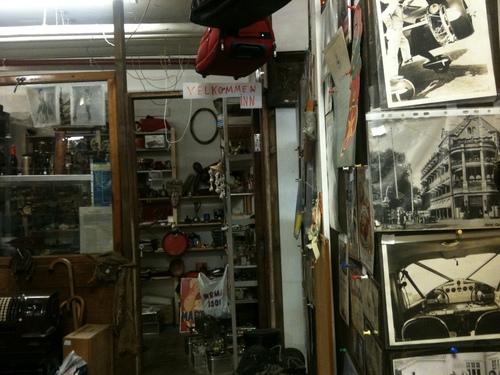 Antique Garage_a0229904_17252036.jpg