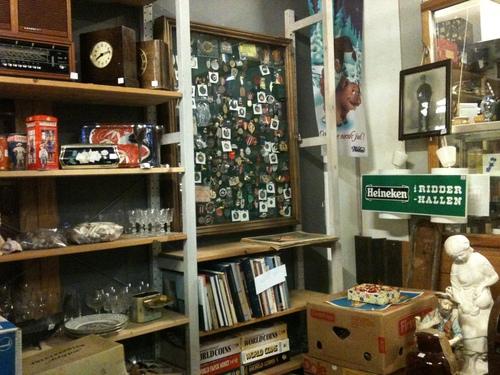 Antique Garage_a0229904_17253687.jpg
