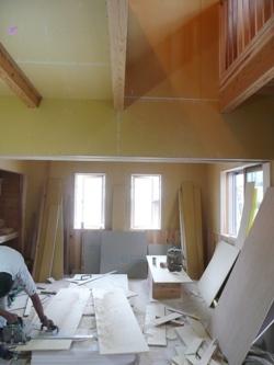 北九州市八幡西区折尾にてOMソーラーの家・まもなく木完!_b0112371_13353074.jpg