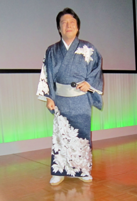 平川幸男芸能生活55周年記念ディナーショー_b0083801_451021.jpg