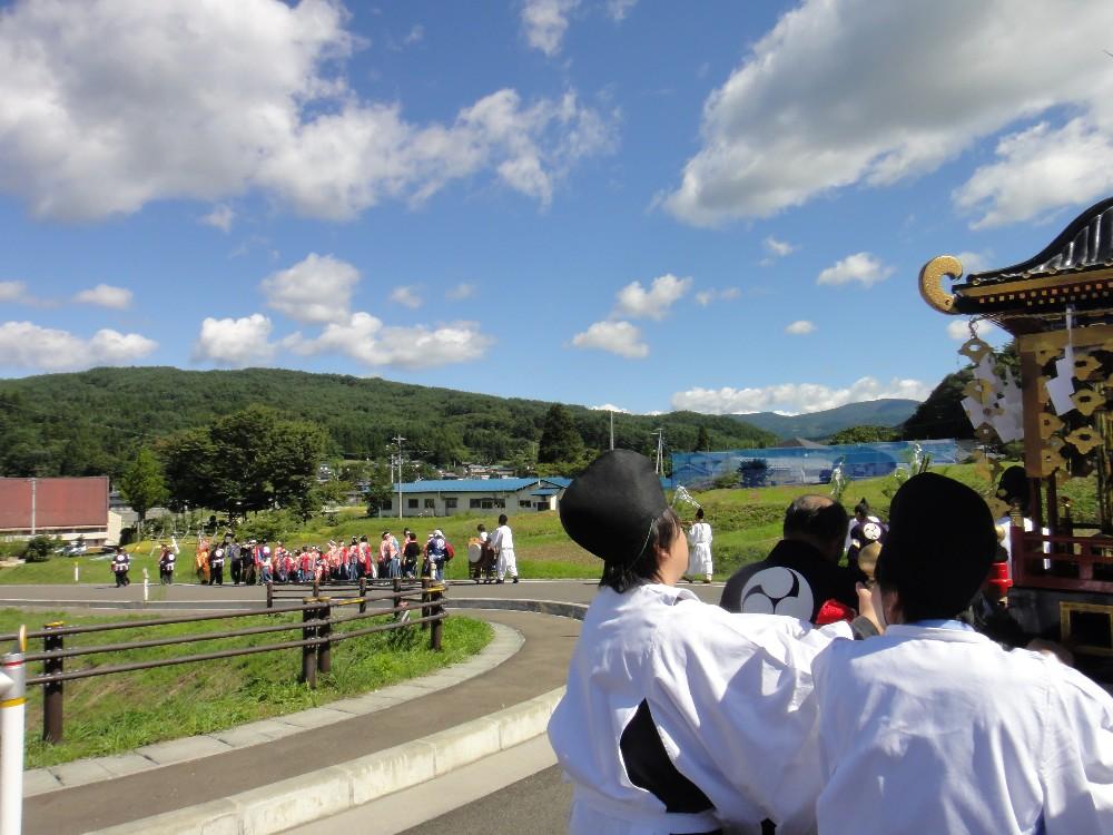 砥森神社例祭(渡御)_c0111229_1935837.jpg