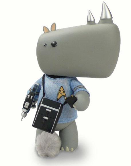 Starfleet IWG Series / Commander Affonso the Rhino_e0118156_2185356.jpg