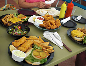 Lunch@Jeff\'s Pirates Cove_b0195783_2263015.jpg
