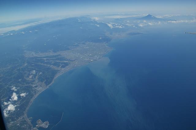 富士山と駿河湾・・・・・・(2/2)_d0181492_235099.jpg