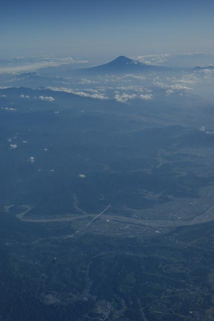 富士山と駿河湾・・・・・・(1/2)_d0181492_8351921.jpg