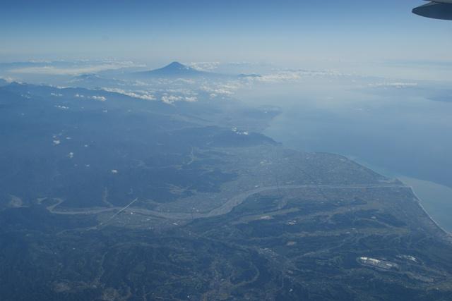 富士山と駿河湾・・・・・・(1/2)_d0181492_8352886.jpg