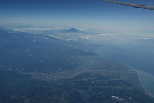 富士山と駿河湾・・・・・・(1/2)_d0181492_8354824.jpg