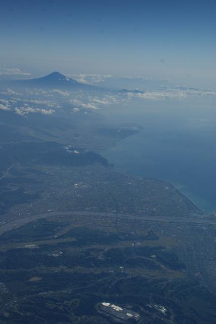 富士山と駿河湾・・・・・・(1/2)_d0181492_8361360.jpg