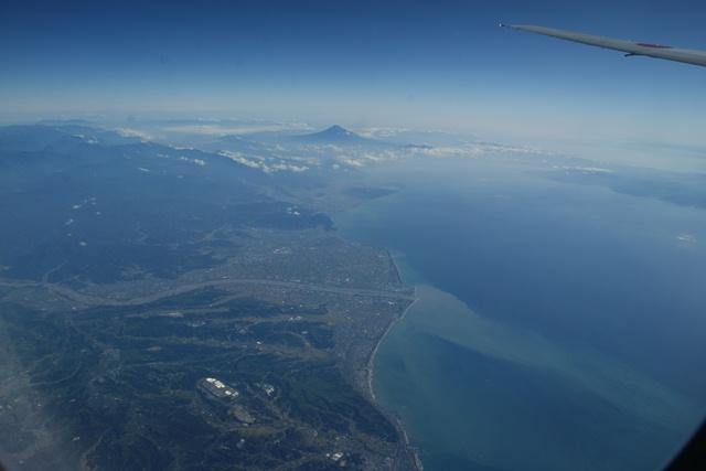 富士山と駿河湾・・・・・・(1/2)_d0181492_8365113.jpg