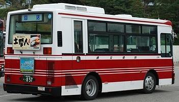 羽後交通の富士重工架装車 新旧_e0030537_1471316.jpg