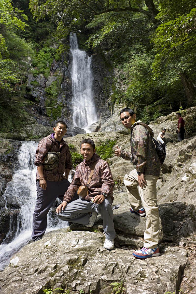 紫川源流:菅生の滝へ〜M9一周年記念〜_c0028861_2292122.jpg