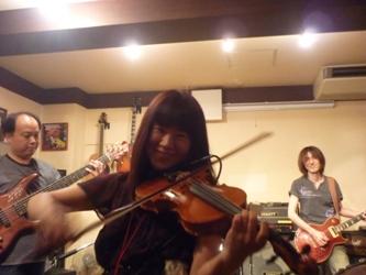9月24日、カラフル大橋ZOEライブのライブレポ!_e0188087_22381525.jpg