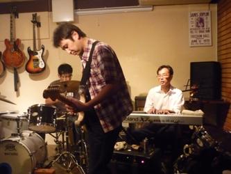 9月24日、カラフル大橋ZOEライブのライブレポ!_e0188087_22594084.jpg