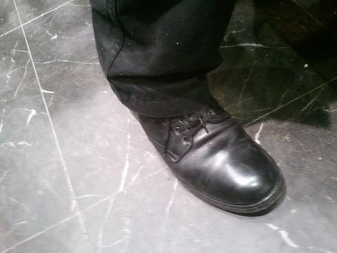 本日のスタッフの靴は??②_b0226322_1957218.jpg
