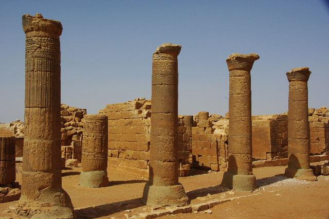 【スーダン周遊】 ムサワラット遺跡 (3) 象の神殿 _c0011649_134534.jpg