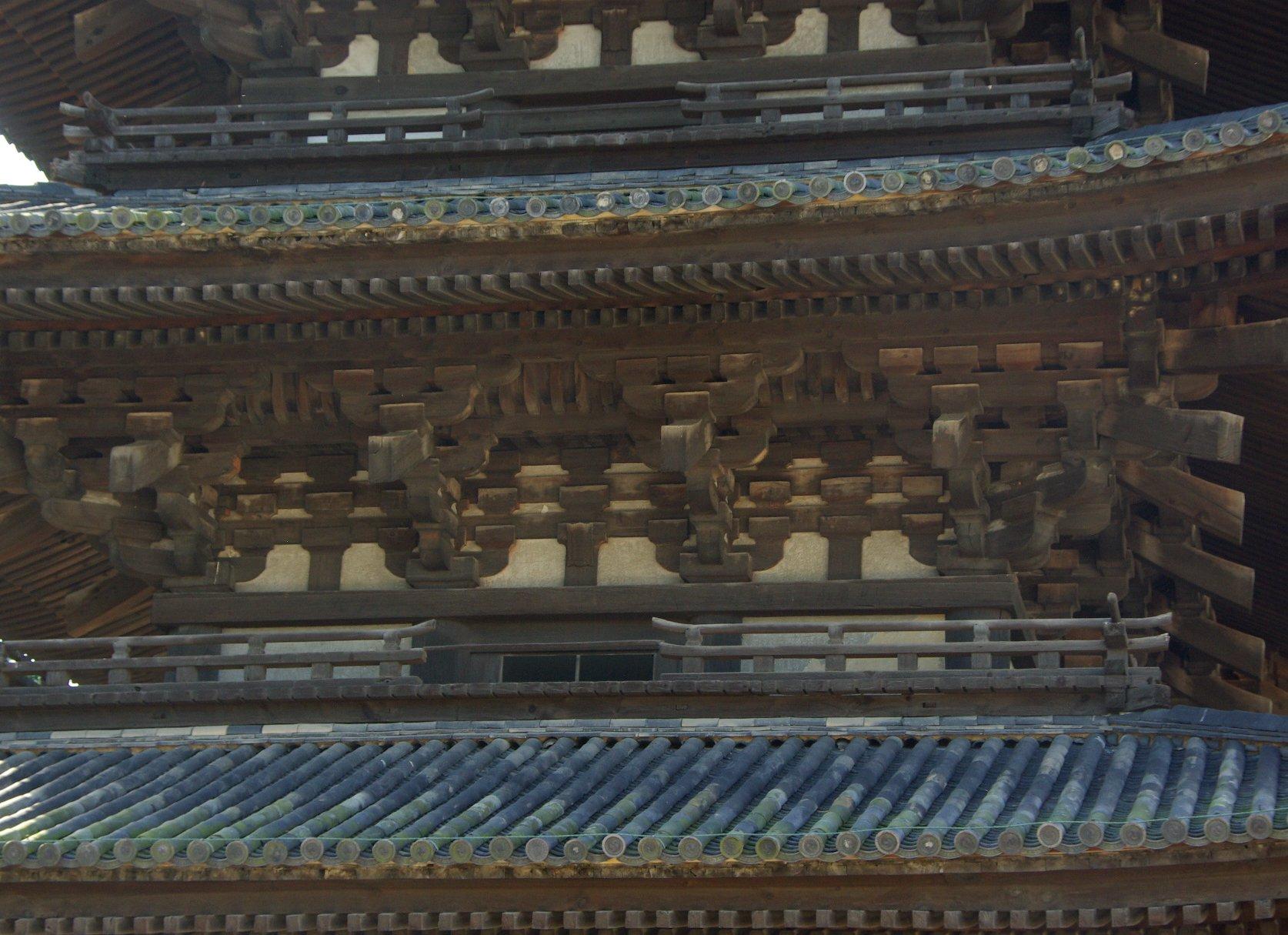 Photo-sketch of Nara: 興福寺/Kohfuku-ji _e0140365_2254651.jpg