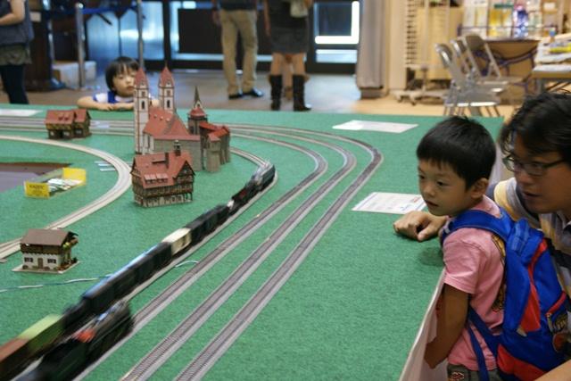 カワサキワールドには模型機関車がいっぱい(1/9)_d0181492_21193189.jpg
