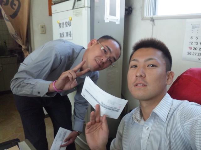 店長のニコニコブログ!T藤様 セルシオ ご成約☆_b0127002_23212434.jpg