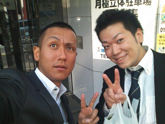 店長のニコニコブログ!T藤様 セルシオ ご成約☆_b0127002_2354624.jpg
