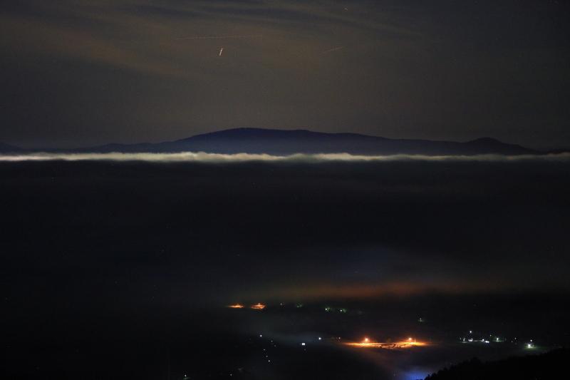 雲海発生_e0183063_0273472.jpg