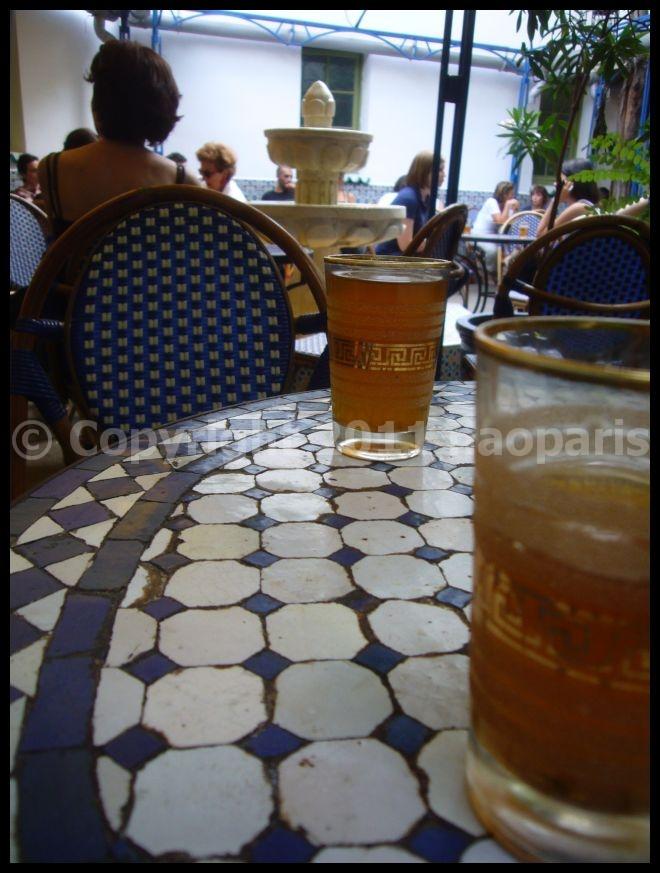 【モスケMOSQUEE】モスケで午後のお茶(PARIS)_a0014299_1658371.jpg