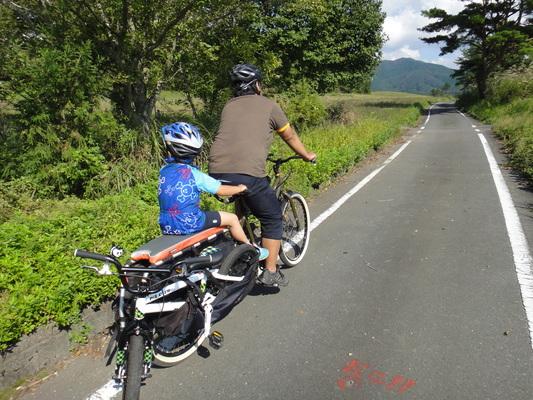 家族でサイクリング_c0132901_20311491.jpg