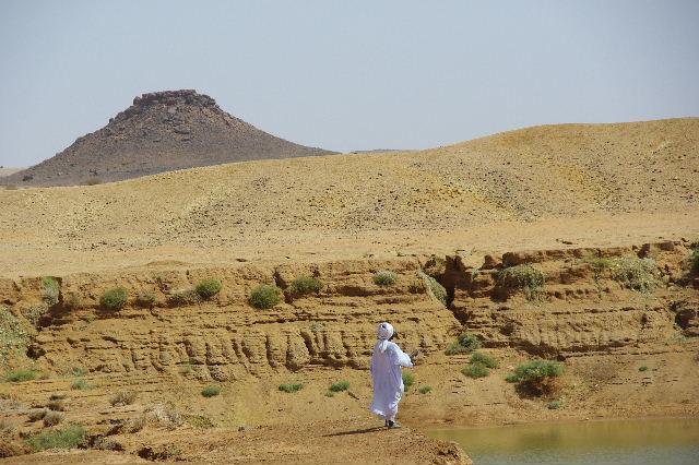 【スーダン周遊】 ムサワラット遺跡 (6) 湧水池の風景_c0011649_2034356.jpg