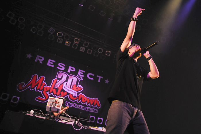 #515 MIGHTY CROWN 20th ANNIVERSARY -RESPECT- in OSAKA_b0117208_1194997.jpg