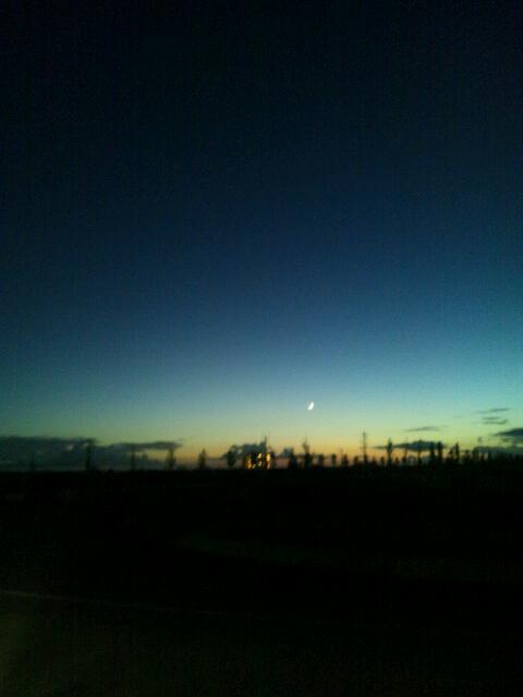 よると夕暮れのあいだ_f0216913_19102925.jpg