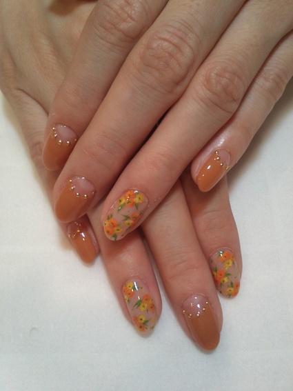 秋の花柄ネイル_c0071924_2264676.jpg