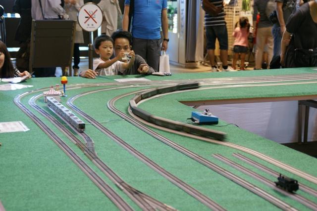 カワサキワールドには模型機関車がいっぱい(3/9)_d0181492_610049.jpg