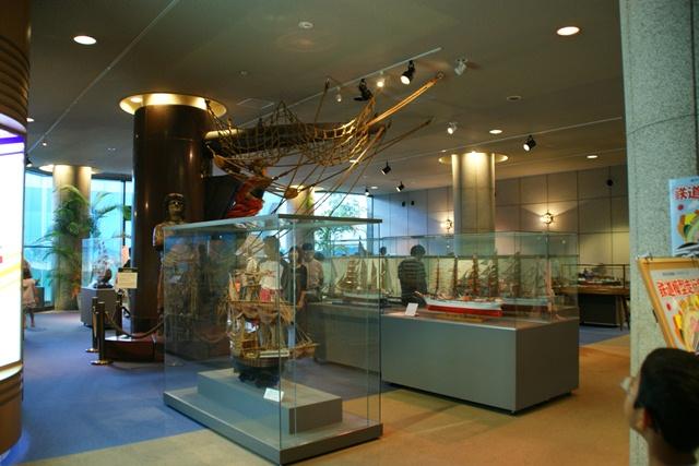 カワサキワールドには模型帆船がいっぱい(4/9)_d0181492_618688.jpg