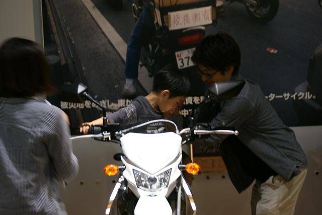 カワサキワールドには素晴らしいバイクがいっぱい(5/9)_d0181492_627527.jpg