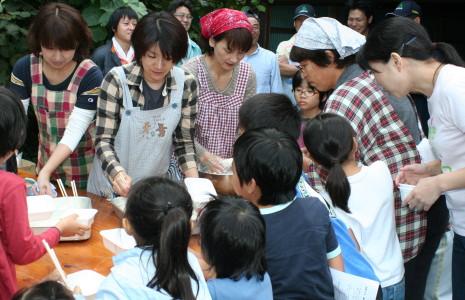職員米作りの会。迎えた収穫の秋_f0016038_7295447.jpg