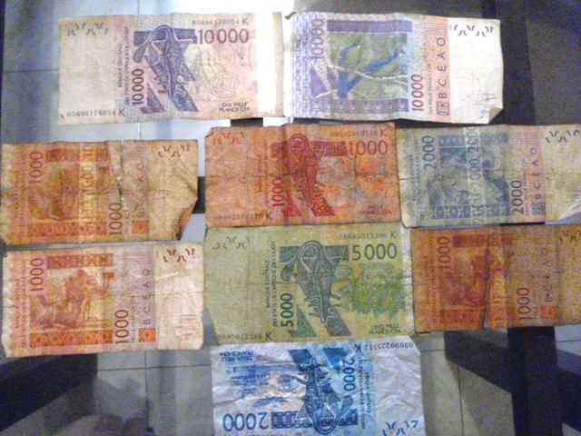 セネガルのお金☆_b0207873_2244128.jpg