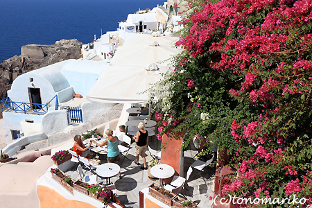 青と白の町「イア」 サントリーニ島_c0024345_4544450.jpg