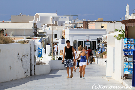 青と白の町「イア」 サントリーニ島_c0024345_4562945.jpg