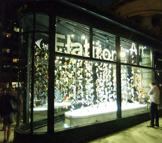 NYのフラットアイアン・ビル1階に新しいパブリック・アート展示スペース_b0007805_205879.jpg