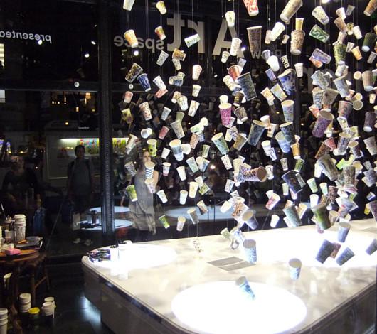 NYのフラットアイアン・ビル1階に新しいパブリック・アート展示スペース_b0007805_214088.jpg
