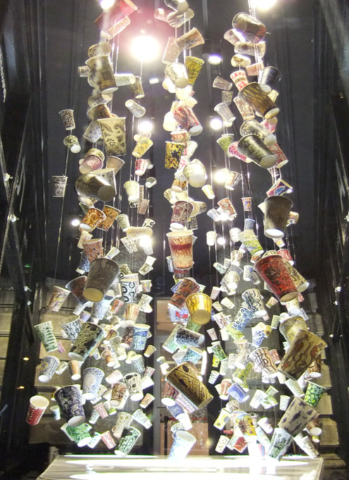 NYのフラットアイアン・ビル1階に新しいパブリック・アート展示スペース_b0007805_22835.jpg