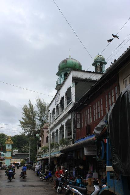 コータウン  最南端のモスク_b0061717_2005918.jpg