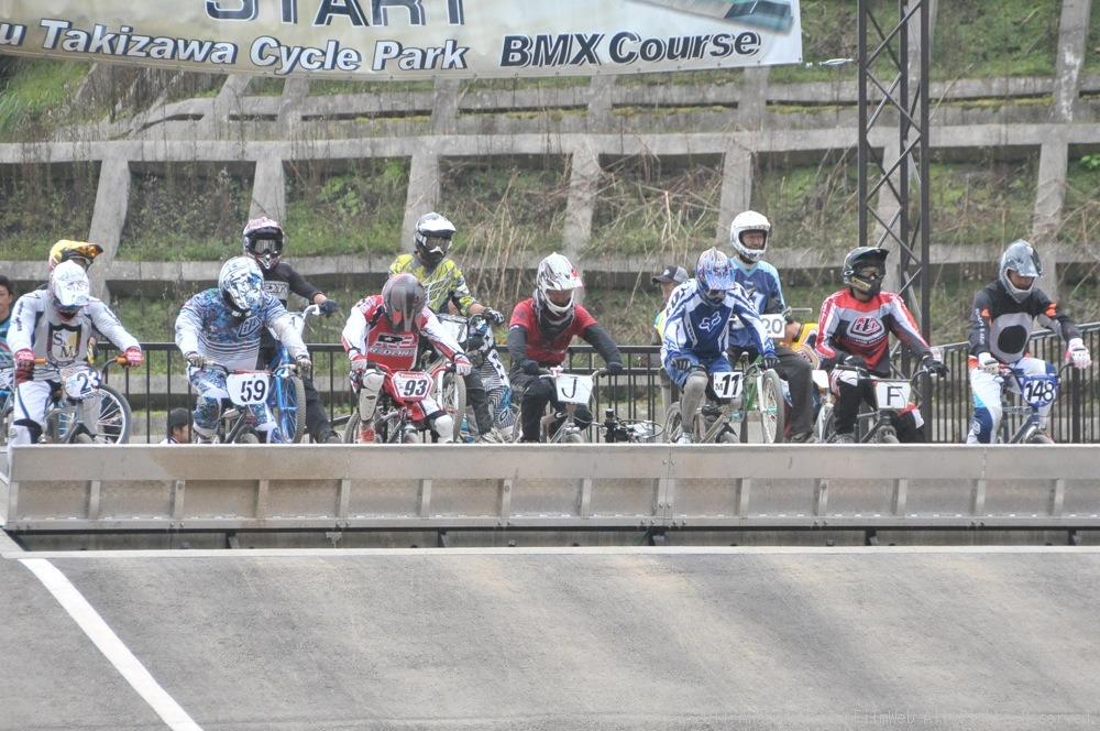 JOSF秩父ラウンドin秩父滝沢サイクルパークVOL13:BMX30オーバー決勝  動画追加_b0065730_1719160.jpg