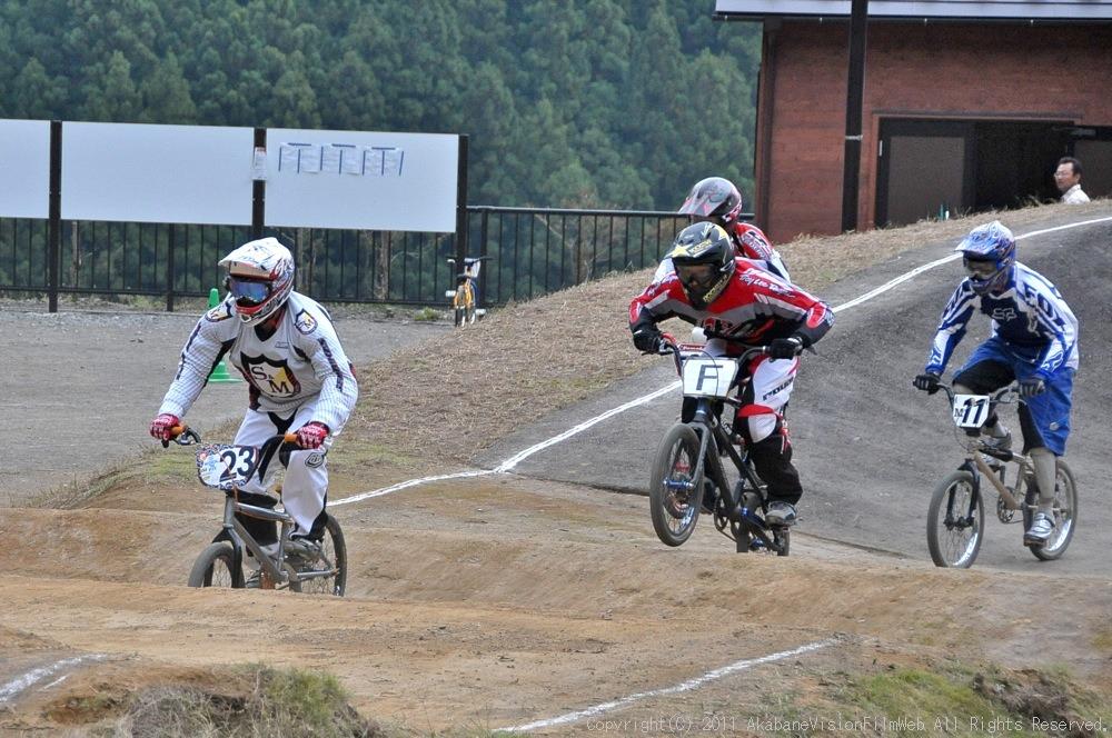 JOSF秩父ラウンドin秩父滝沢サイクルパークVOL13:BMX30オーバー決勝  動画追加_b0065730_17242170.jpg
