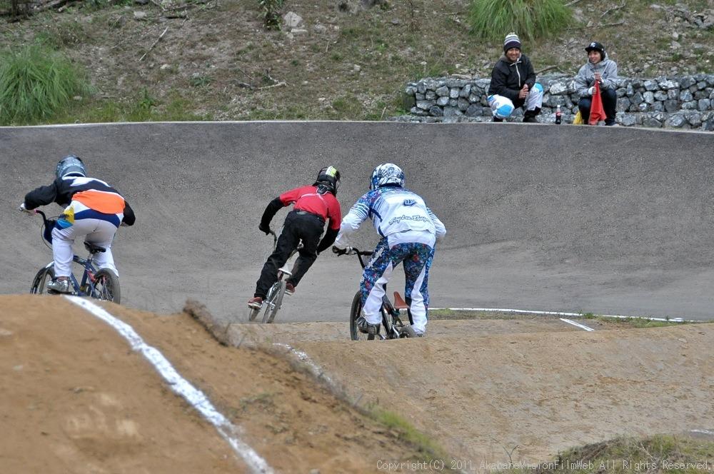 JOSF秩父ラウンドin秩父滝沢サイクルパークVOL13:BMX30オーバー決勝  動画追加_b0065730_1725046.jpg