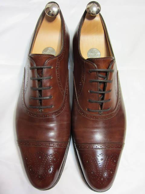 John Lobb ジョンロブのSaunton ソーントンの靴磨き