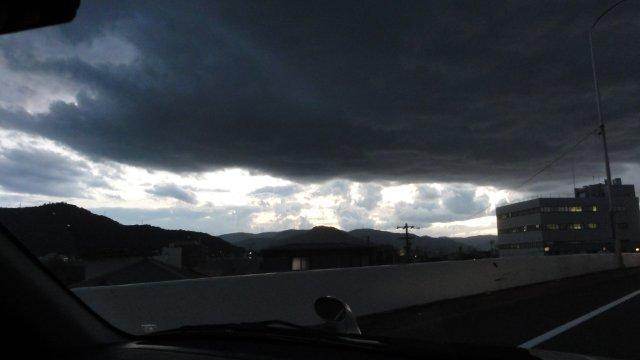 Dark clouds in radioactive Japan_c0157558_22303260.jpg