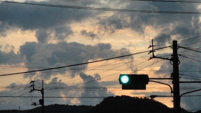 Dark clouds in radioactive Japan_c0157558_22304354.jpg