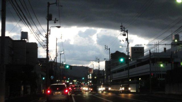 Dark clouds in radioactive Japan_c0157558_22305866.jpg